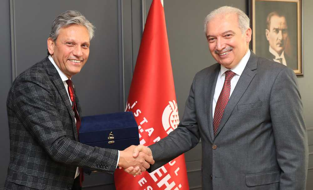 Firuz Bağlıkaya, İBB Başkanı Mevlüt Uysal'ı ziyaret etti
