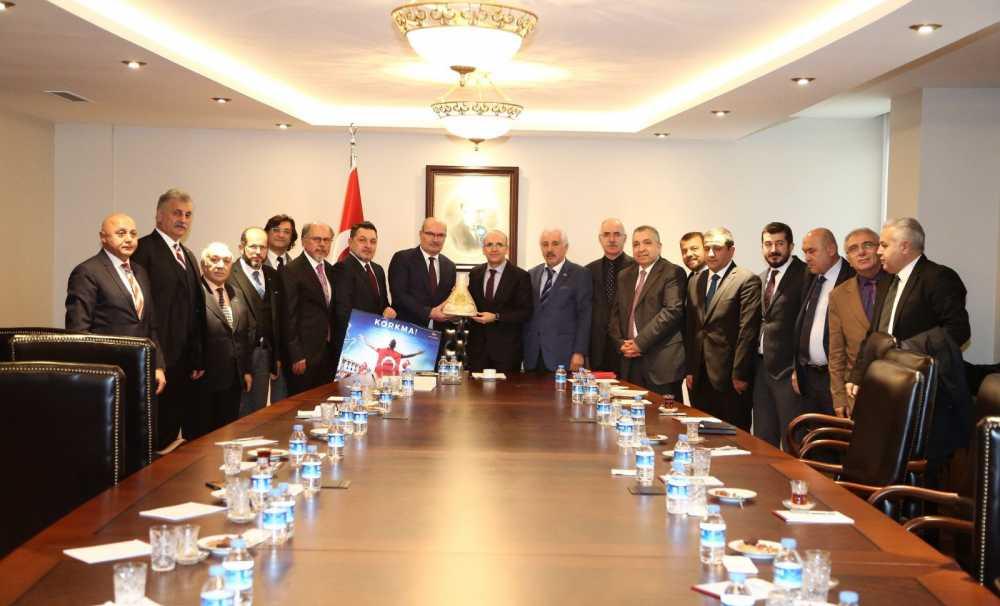 ATO Heyeti Başbakan Yardımcısı Şimşek'i ziyaret etti
