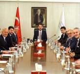 TÜRSAB'ın yeni yönetimi Ankara'da 4 Bakanla bir araya geldi