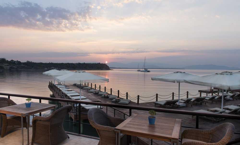 D-Marin Didim Sakinleri Yacht Club'da Brunch'da Buluşuyor