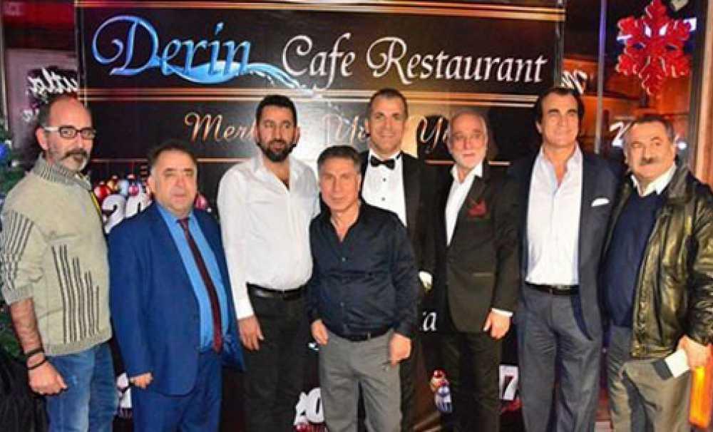 Derin Cafe Restorant, Yeni Yıla Merhaba Dedi