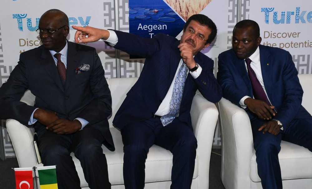 Ekonomi Bakanı Nihat Zeybekci Senegal'de Türk Günü coşkusuna ortak oldu