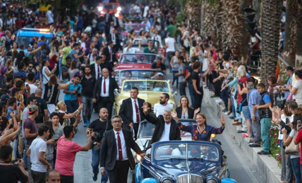 53. Uluslararası Antalya Film Festivali Görkemli Bir Kortejle Başladı