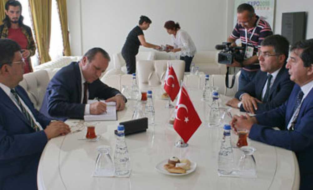Expo 2016 Antalya'da Kıbrıs Kültür Evi ve Avlusunun açılışı gerçekleşti