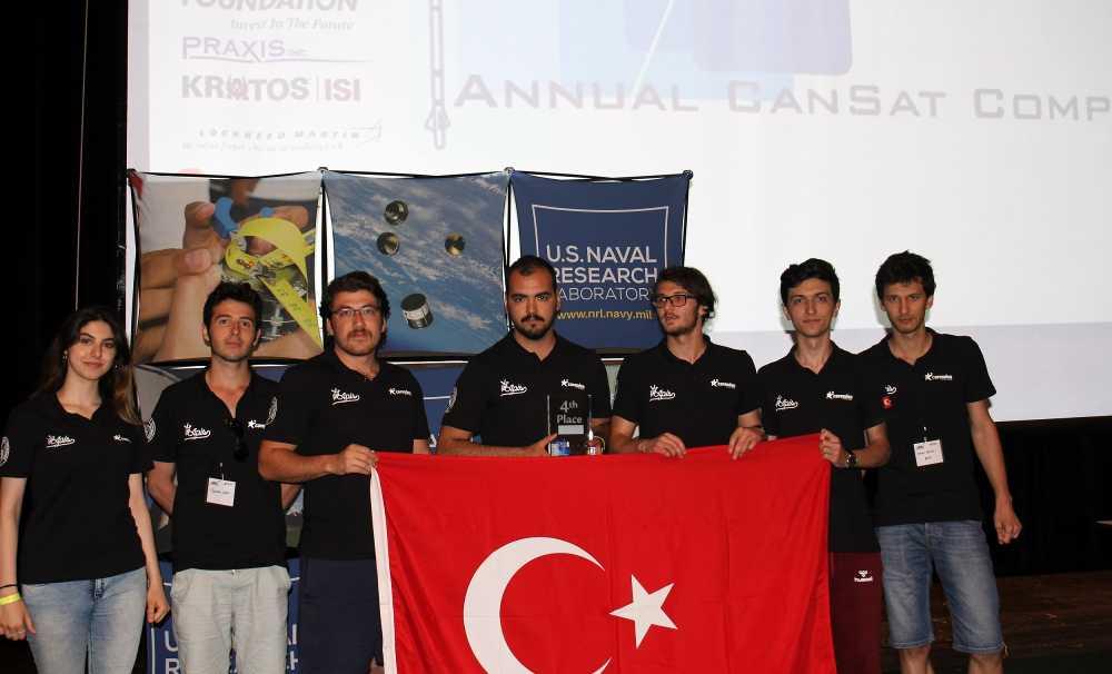 İTÜ Apis Ar-Ge Uydu Takımı Amerika'dan Dünya birinciliği ile döndü!