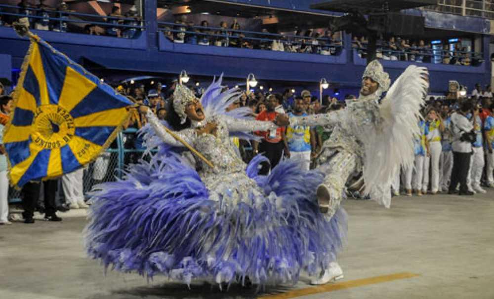 Rio Karnavalı'nın renkleri canlı yayınla evinizde