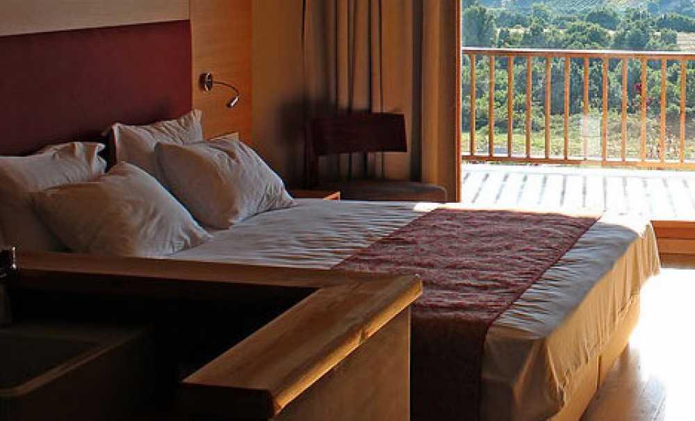 Bakucha Vineyard Hotel & Spa çok yakınınızda!