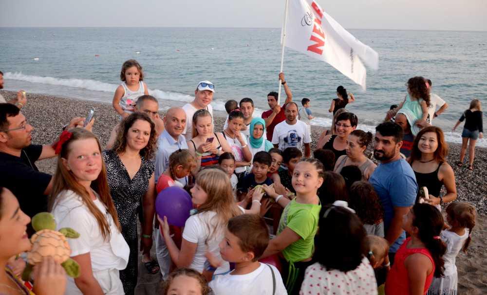 Çevreci dünya çocukları Club Nena Otel'de
