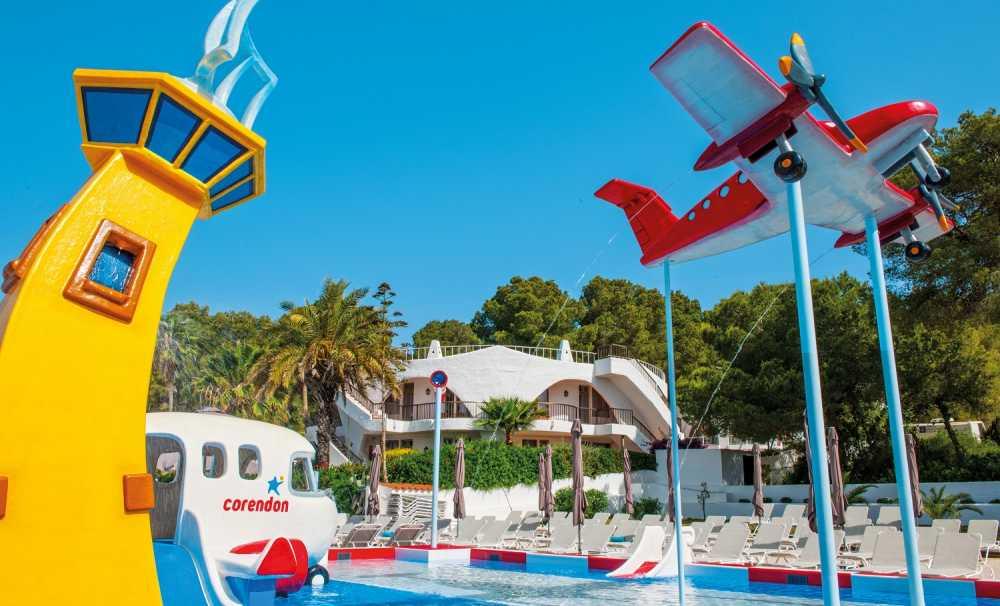 Corendon Turizm Grubu, İbiza Adası'ndaki Marble Stella Maris Hotel'i açtı
