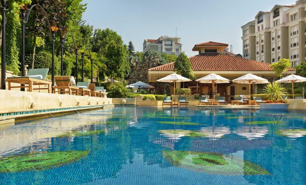 Grand Hyatt Istanbul'da Havuz Sezonu Başladı