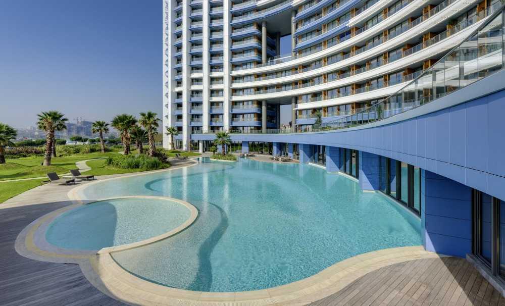 Havuz Keyfi Radisson Blu Ottomare Hotel Ataköy'de