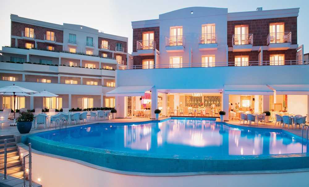 Mandalina Kokuları İçinde Tatil Keyfi: Doria Hotel Bodrum
