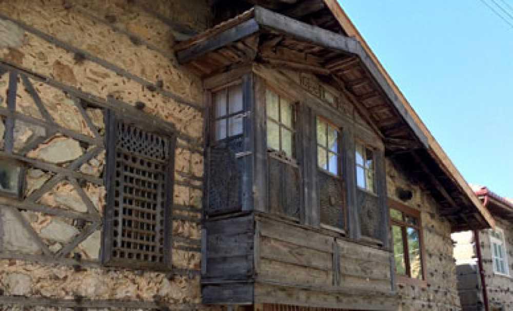 Ormana Köyündeki Tarihi Düğmeli Evler Görücüye Çıktı