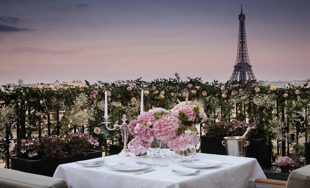 Peninsula Paris'in Büyüsünü gece keşfetmeye davet ediyor