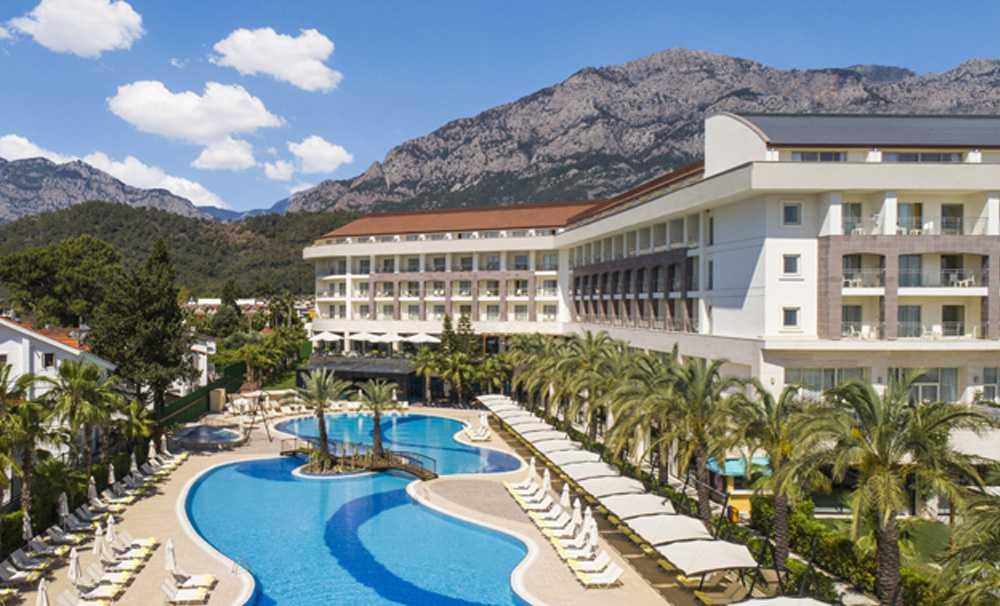 Şezlongları şimdiden dolan Antalya'ya Double Tree by Hilton açıldı