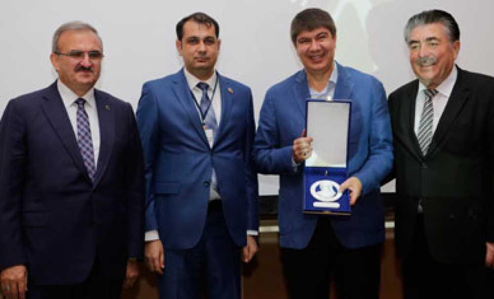 Antalya Türkiye'nin en yüksek bütçeli projelerine imza attı