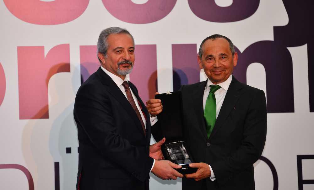 """Rönesans'ın """"Pusula""""sına TİSK'ten özel ödül"""