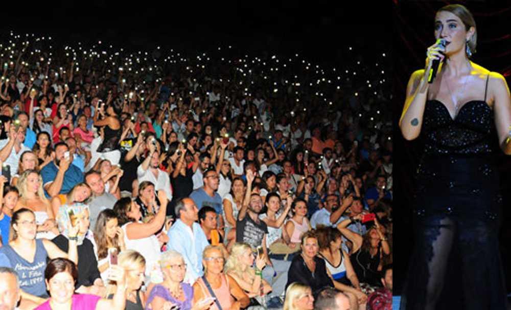 Sıla sözünü tuttu, Bodrum'da muhteşem bir konsere imza attı