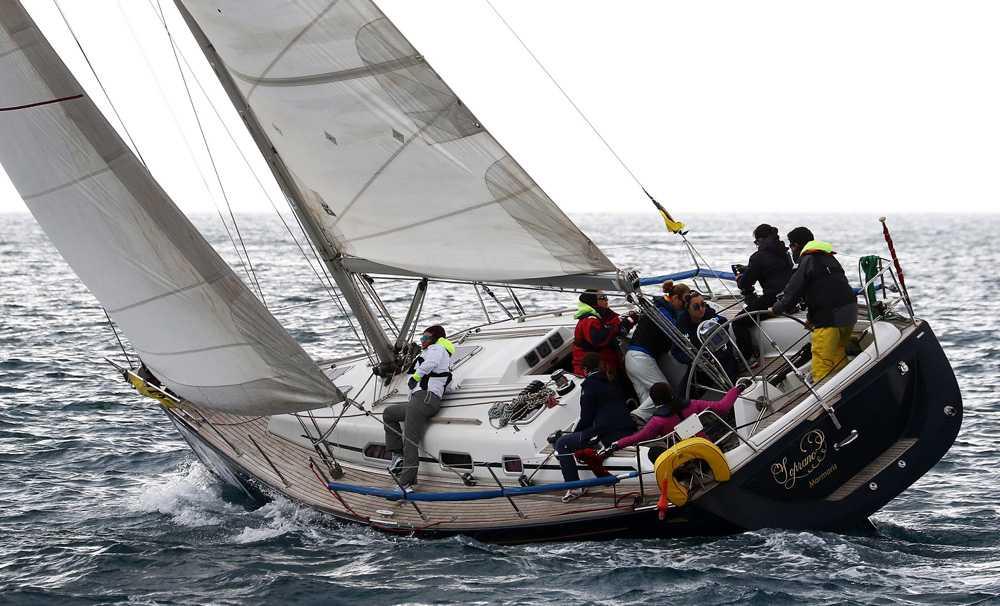 Kadınlar Günü Kupası'nda Şiddete Karşı Yelken Açtılar