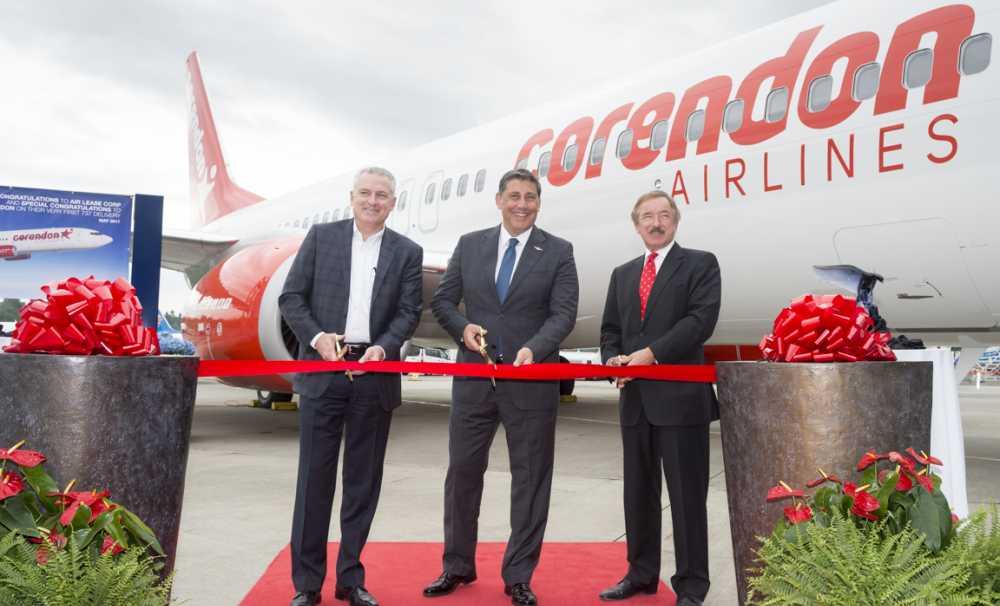 CORENDON AIRLINES Fabrika Çıkışlı BOEING 737-800ng uçağını teslim aldı