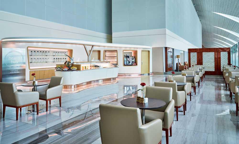 Emirates, Dubai Uluslararası Havalimanı'ndaki seçkin Dinlenme Salonlarına erişimi genişletiyor
