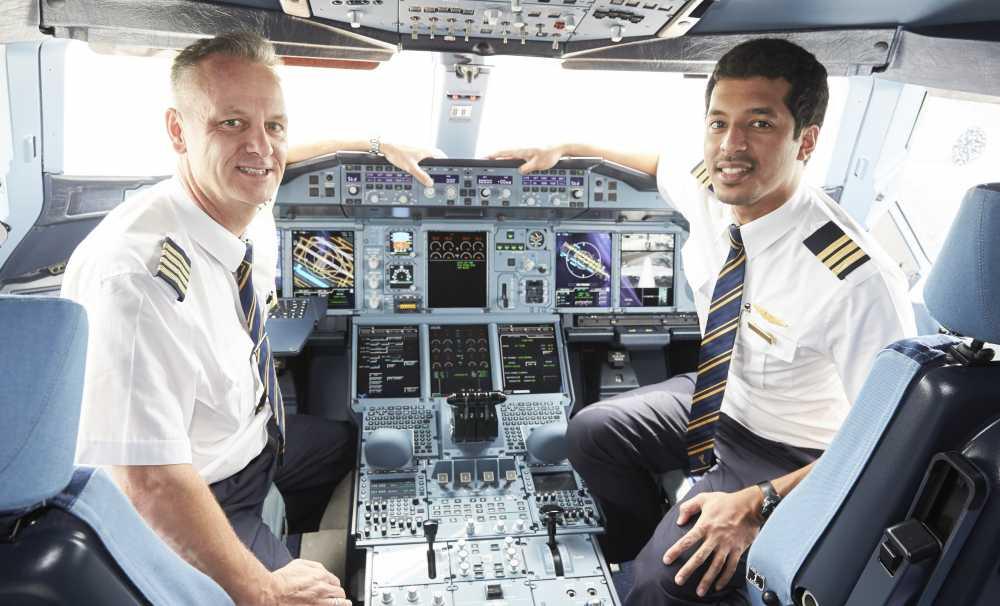 Emirates Havayolu, A380 kokpitinde çekilen dünyanın ilk 360 derece videosunu yayınladı