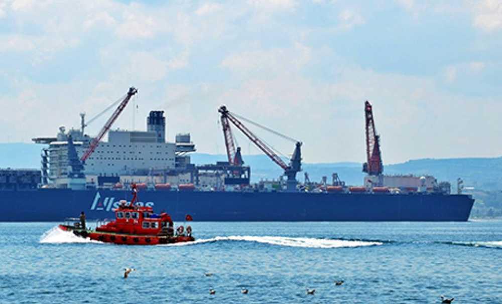 Geçen Yıl Boğazdan 42 Bin 978 gemi geçti
