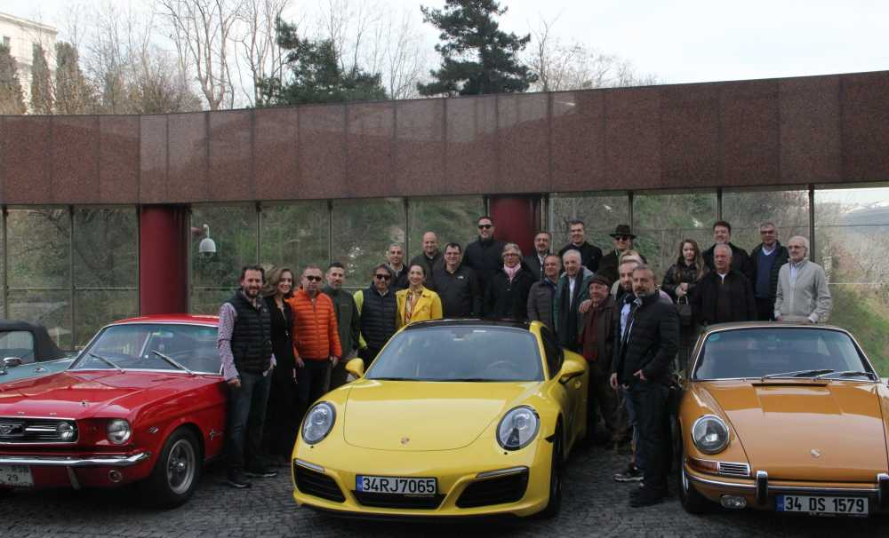 Klasik Otomobil Tutkunları Bahara Merhaba Dedi
