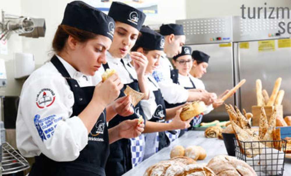 Chef's Table Mutfak Akademisi'nden Uluslararası Yeterlilik Diploması
