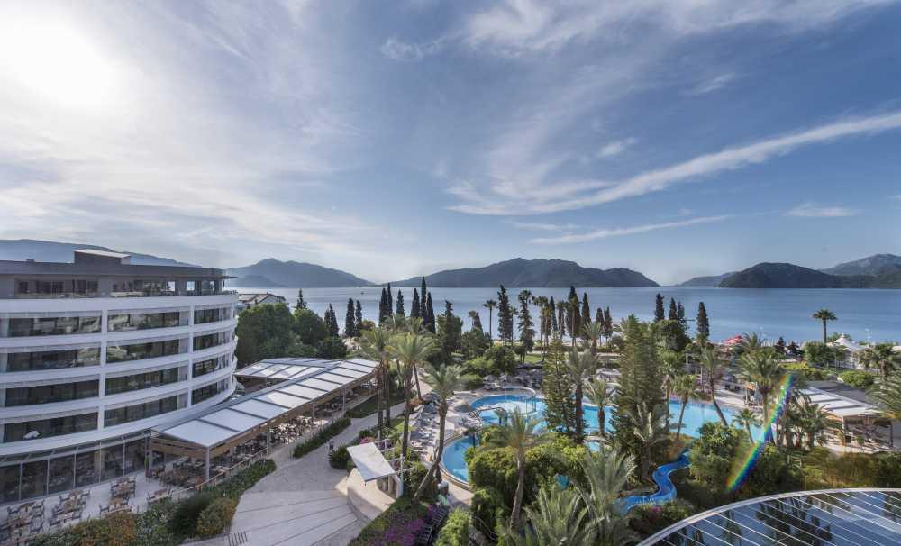 D-Resort Grand Azur'dan 2017'ye Görkemli Hoşgeldin