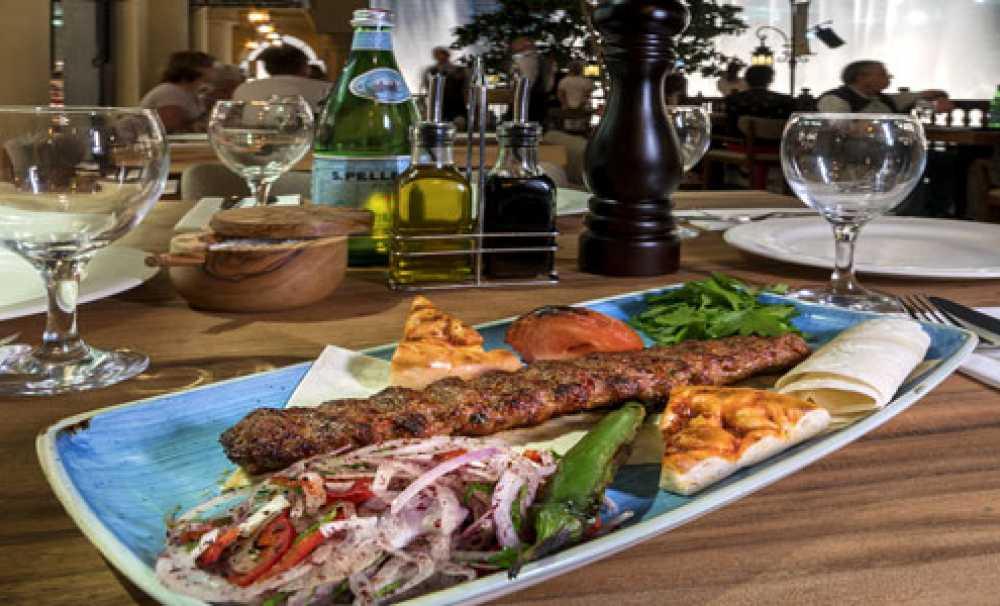 Günaydın, Dubai'deki ilk restoranını Souk Al Bahar'da açtı