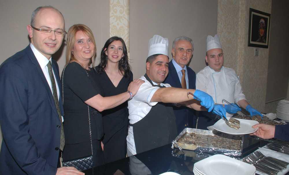 Konak Hotel'de geleneksel hamsi partisi yapıldı