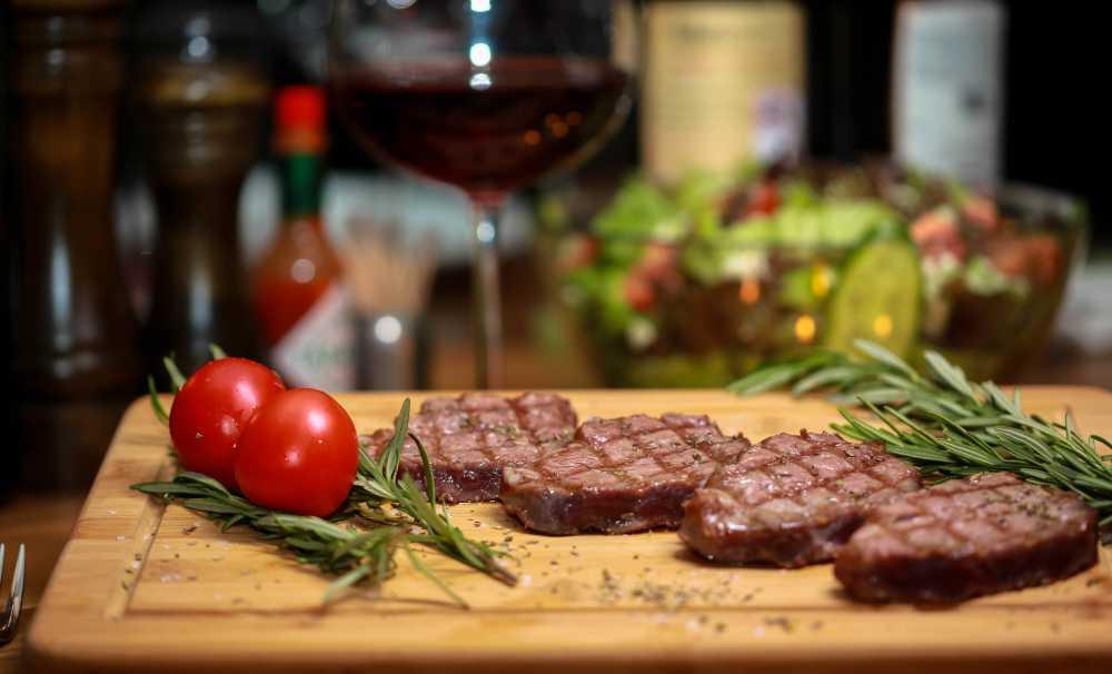 Mr. Meat etlerini, doğal aromasını kaybetmeden en natürel hali ile sunuyor