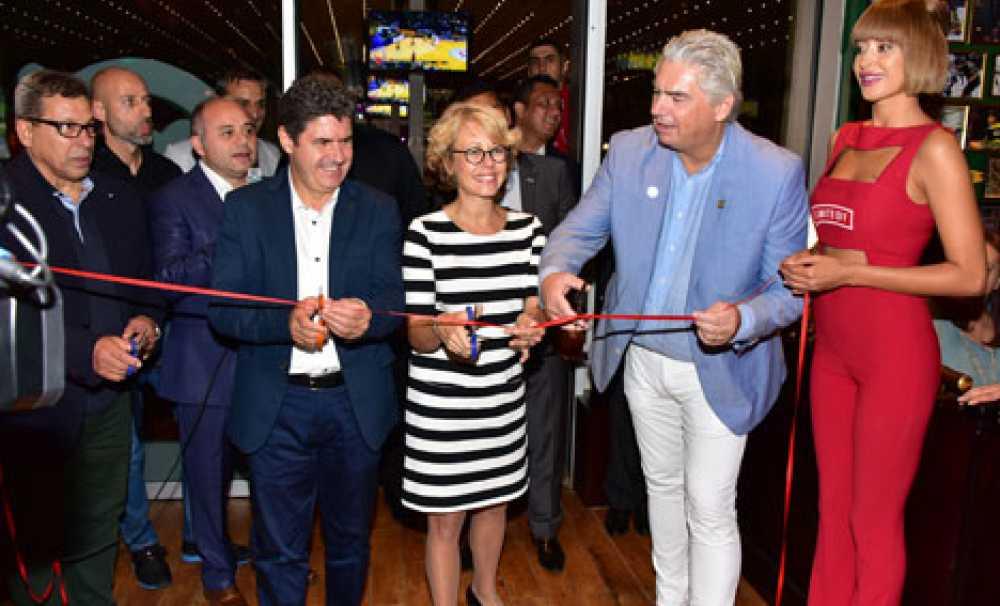 O'Learys'in İstanbul'daki 2'nci şubesi Ozdilek Park AVM'de açıldı